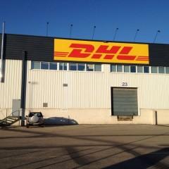 Trabajo de pintura exterior e interior en DHL